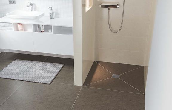 Fundo Integro Ist Das Flachste Bodenbündige Duschelement Von Wedi Mit Integrierter Ablauftechnik Alle Relevanten Normen Auf Einen Schlag Erfüllt 50 Mm
